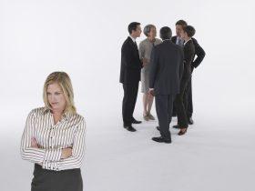 Конфликт личности с группой
