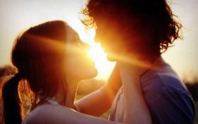 Кто более романтичен: мужчина или женщина?